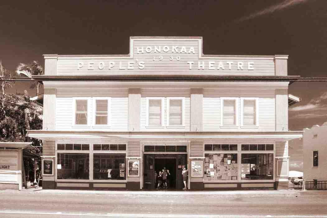 Honokaa_Theater_BW-Cuillandre small